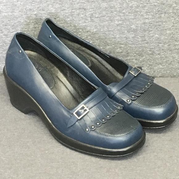 25510fe50222 Dansko Shoes - Dansko Blue Platform Loafer 39